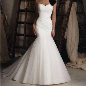 MORI LEE 5018 WEDDING DRESS-BRAND NEW, NEVER WORN